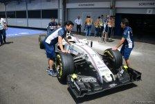 Технический персонал Формулы 1 в Баку проводит тренировки перед заездом (ФОТО) - Gallery Thumbnail