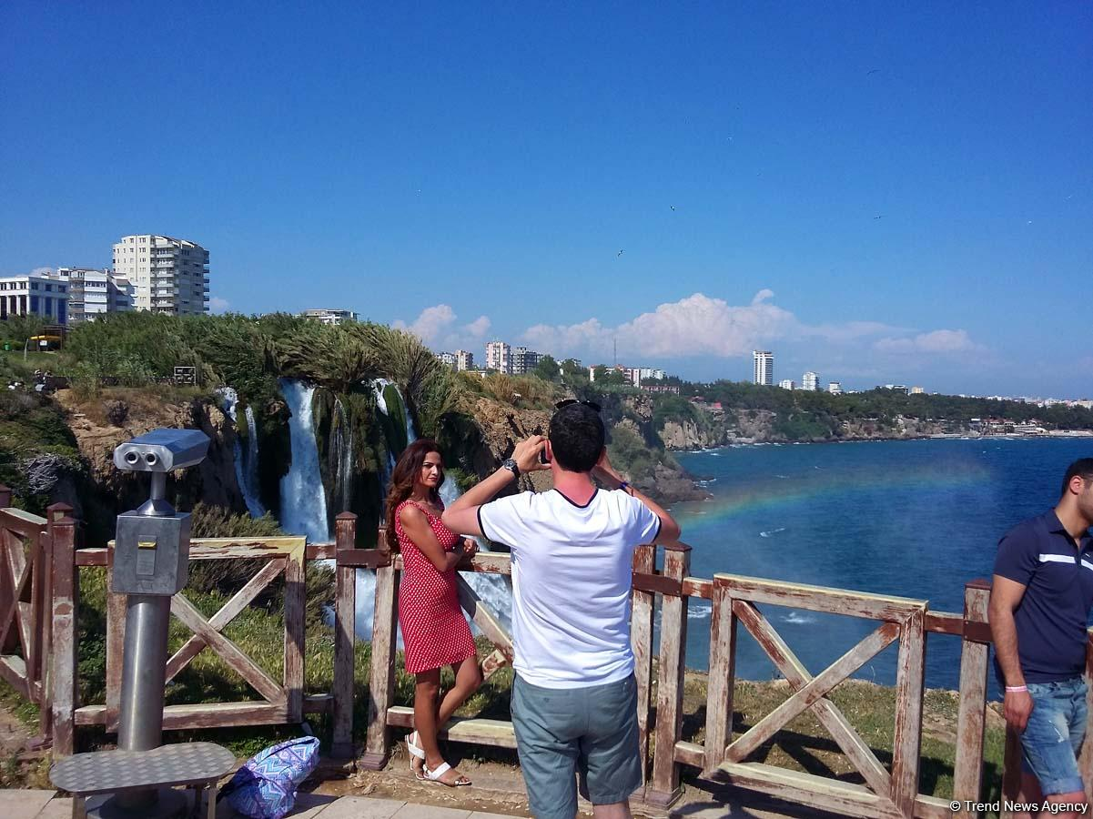 Number of Kazakh tourists visiting Turkey in March 2020 shrinks