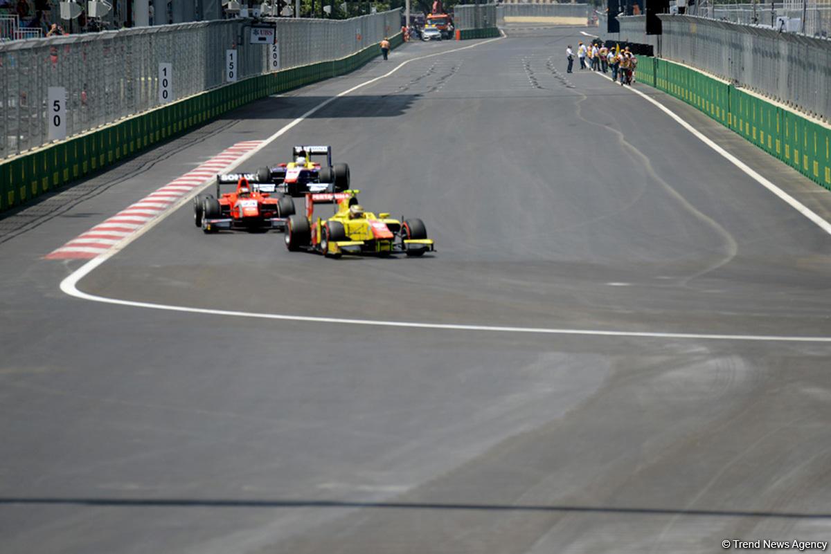 В субботу в Баку стартовала первая гонка в классе GP2 (ФОТО) - Gallery Image
