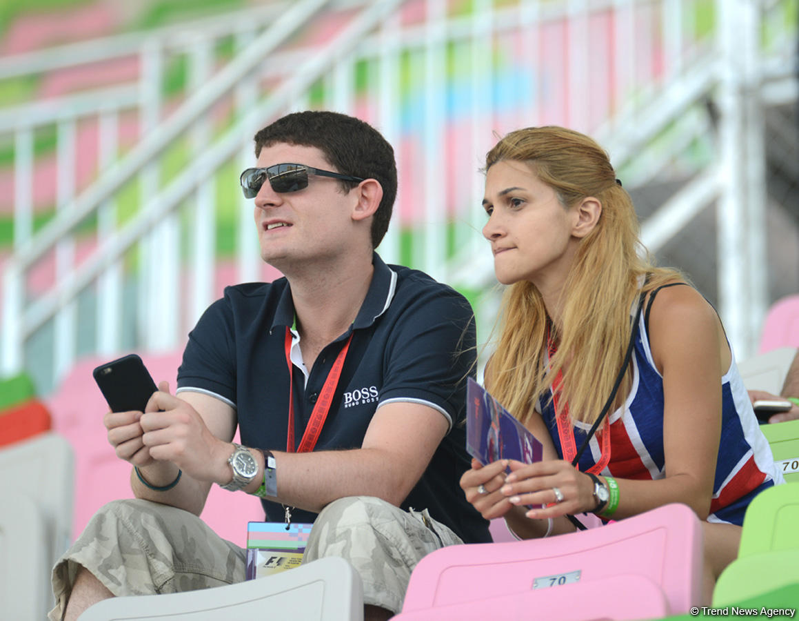 F1 in Baku, day two (PHOTO) - Gallery Image