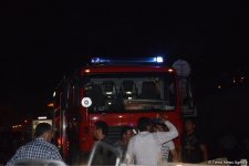 Big fire extinguished at car market in Baku (PHOTO/VIDEO) - Gallery Thumbnail