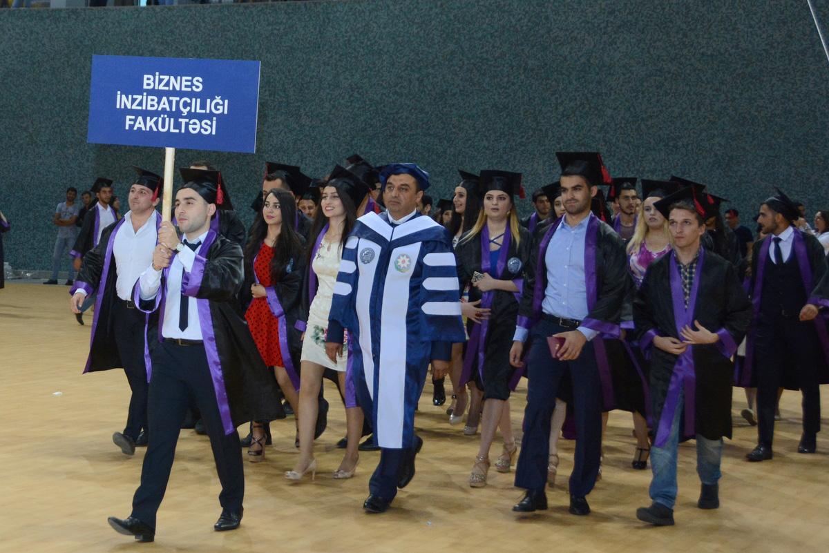 """UNEC-də """"Məzun Günü"""" keçirilib (FOTO) - Gallery Image"""