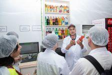 """Azərbaycan jurnalistləri """"Coca-Cola"""" zavodu ilə tanış oldular (FOTO) - Gallery Thumbnail"""