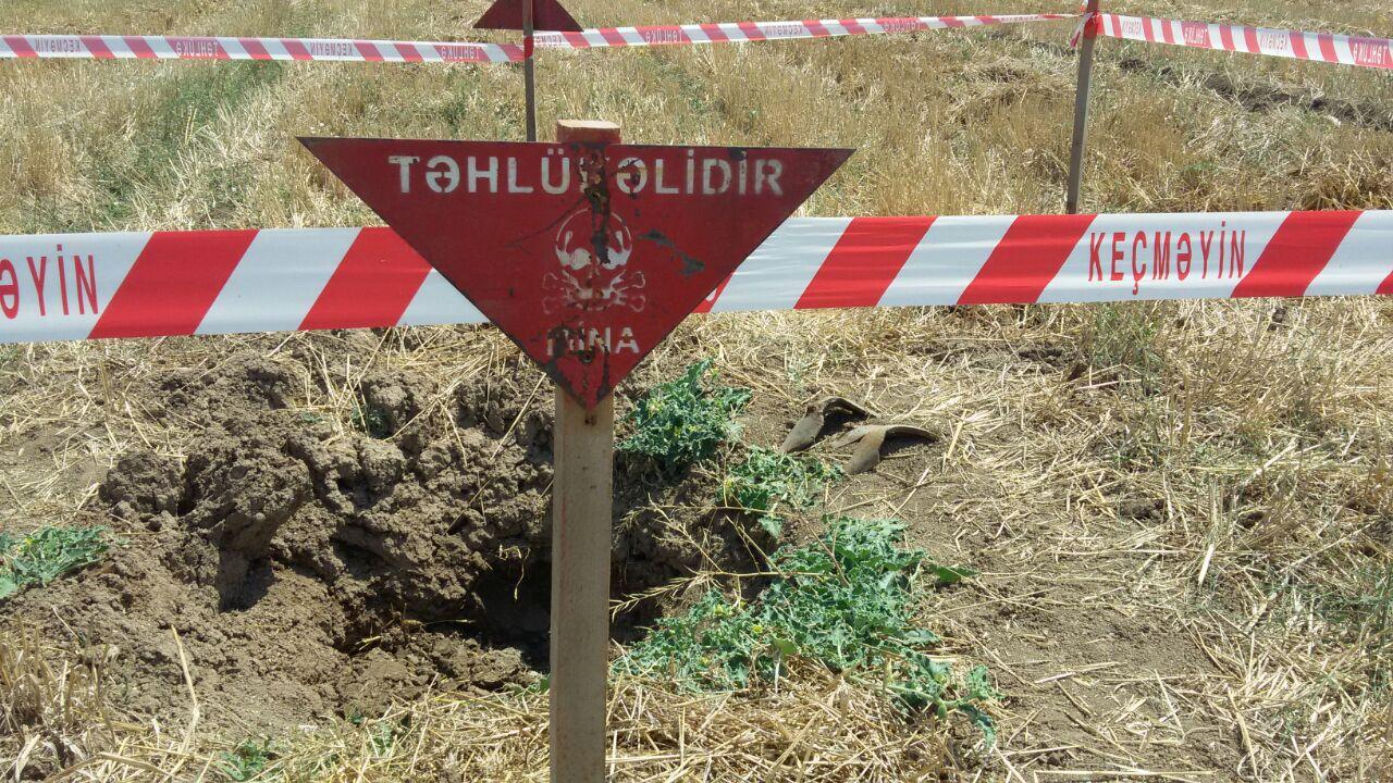 Tərtərdə 1 ədəd top mərmisi aşkar edilib (FOTO) - Gallery Image