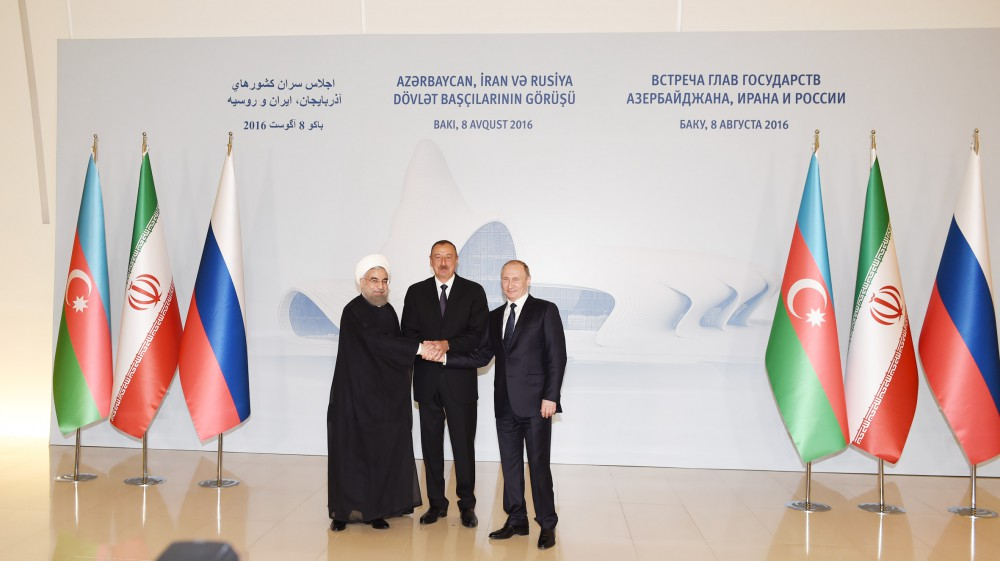 Подписана итоговая декларация саммита президентов Азербайджана, России и Ирана - Gallery Image