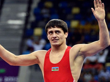 Azerbaijani wrestler advances to semifinals at Rio 2016