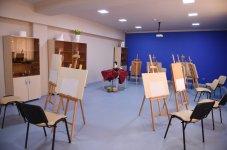 İlham Əliyev 9 nömrəli Bakı Peşə Liseyinin IT STEP akademiyasında yaradılan şəraitlə tanış olub (YENİLƏNİB) (FOTO) - Gallery Thumbnail