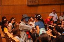 Şəkidə gürcü teatrının balacalar üçün tamaşası (FOTO) - Gallery Thumbnail