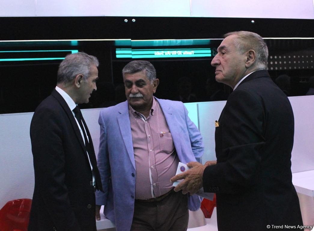 """""""Ölülər XXI əsr"""" komediyasının premyerası keçirilib (FOTO) - Gallery Image"""