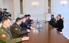 Ilham Aliyev receives Belarusian defense minister (PHOTO) (UPDATE) - Gallery Thumbnail