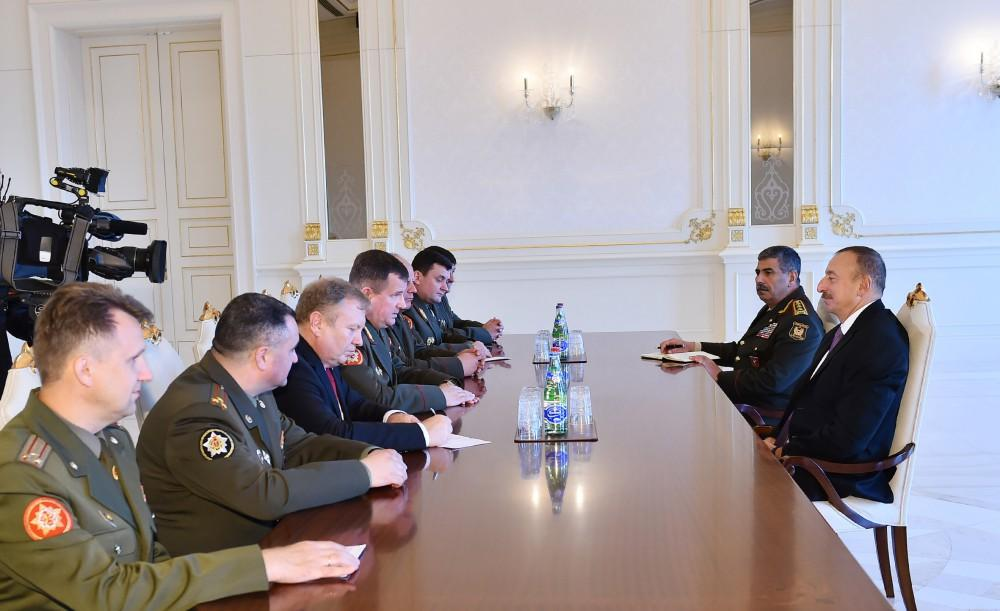 Ilham Aliyev receives Belarusian defense minister (PHOTO) (UPDATE) - Gallery Image