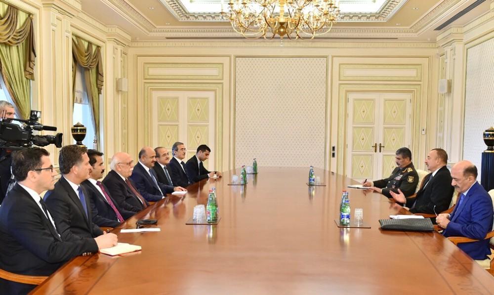 Cumhurbaşkanı Aliyev Bakan Avci ve Bakan Işık'ı kabul etti