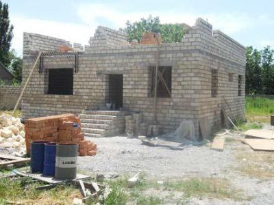 Nearly 300 housing units be provided to families deprived of housing after quake in Azerbaijan's Shamakhi district