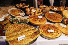 Самый вкусный хлеб в Азербайджане - аромат, вкус, запах и хрустящая корочка (ФОТО) - Gallery Thumbnail