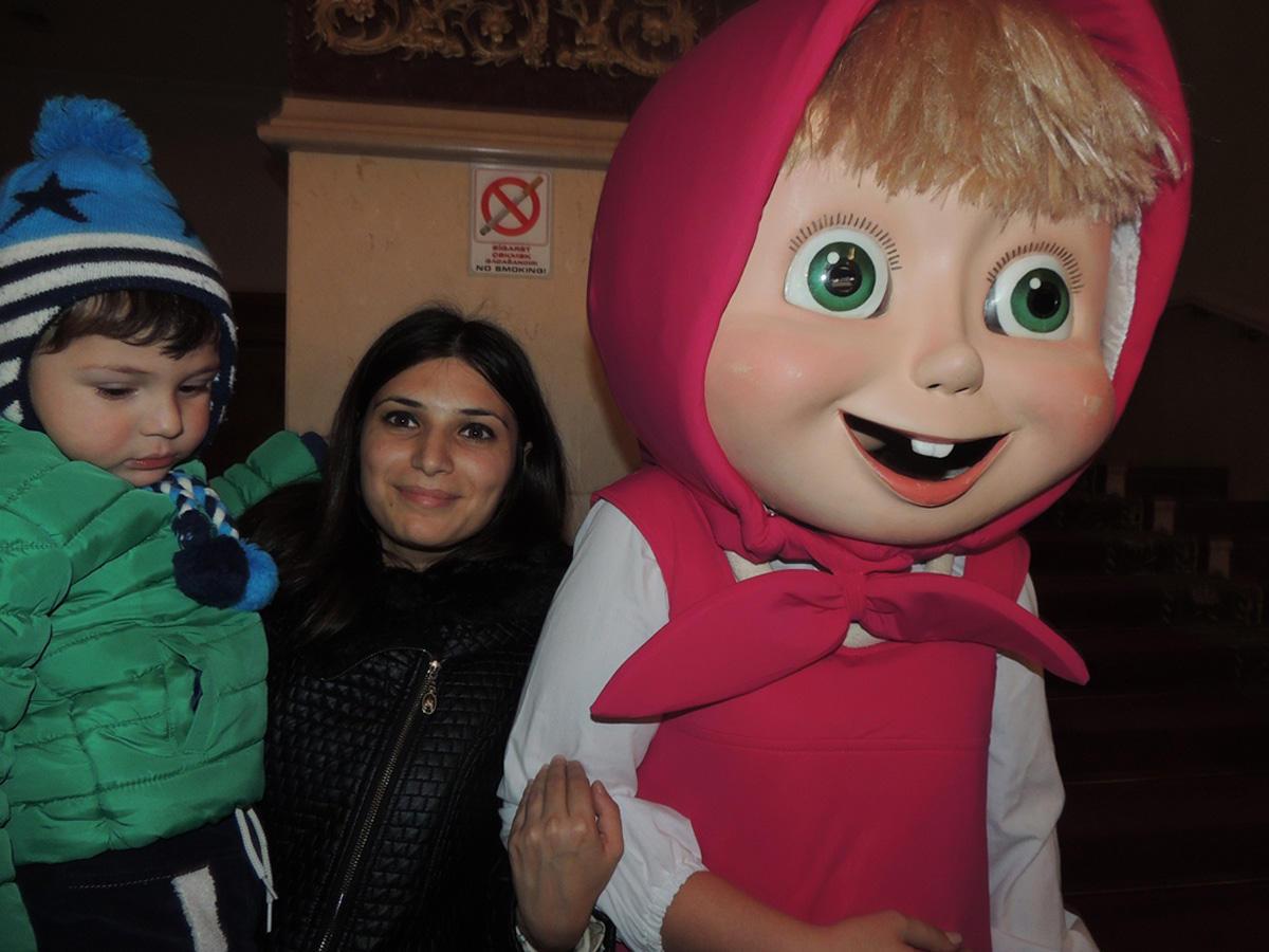"""""""Сундук счастья"""" от Маши и Медведя в Баку (ФОТО) - Gallery Image"""