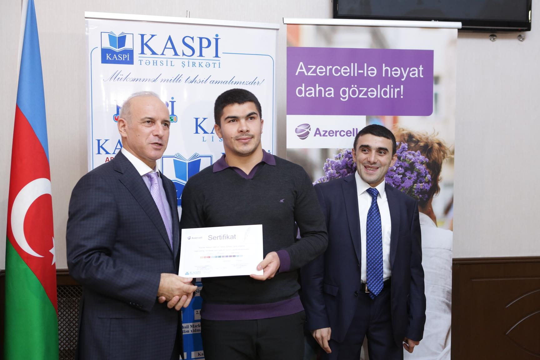 Two Azerbaijani journalists to continue studying in London (PHOTO) - Gallery Image