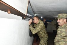 Ilham Aliyev views operational conditions in frontline command control center (PHOTO) - Gallery Thumbnail
