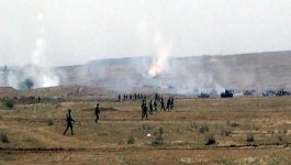 Azerbaijani army holds live-fire exercises - Gallery Thumbnail