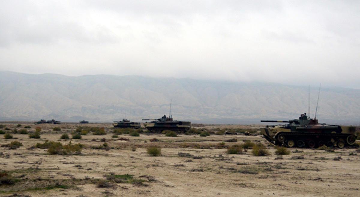 Azerbaycan Ordusu kapsamlı tatbikatların ana kısımına geçti (Fotoğraf) - Gallery Image