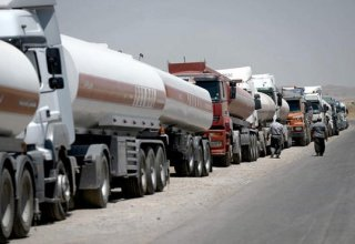 Tripartite agreement on modernization of oil transporting vehicles signed in Iran