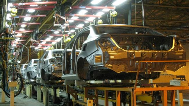 Iran's auto sector: state-owned car makers in debt, market falling