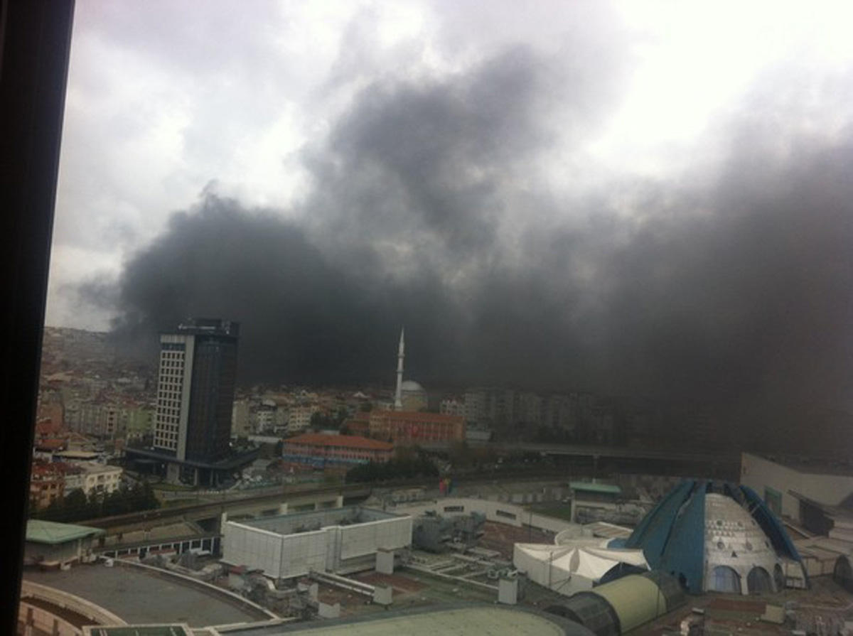 Fire breaks out at plastic products plant in Turkey (PHOTO/VIDEO) - Gallery Image