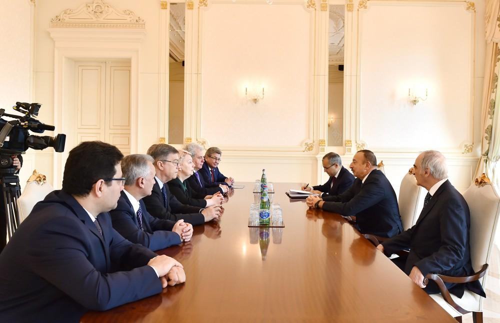 Ilham Aliyev receives Russian minister of education and science