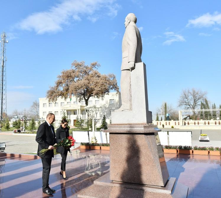 President Aliyev arrives in Aghdam district for visit (PHOTO)