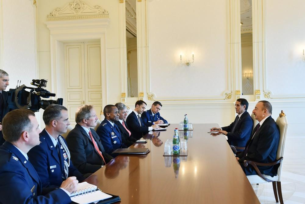 Ilham Aliyev meets delegation led by US air force general