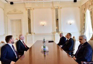 Ilham Aliyev receives BP Chief Executive Officer (PHOTO)