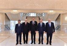 Azerbaycan Cumhurbaşkanı Türkiye, Kazakistan ve Kırgızistan Parlamento Başkanları'nı kabul etti - Gallery Thumbnail