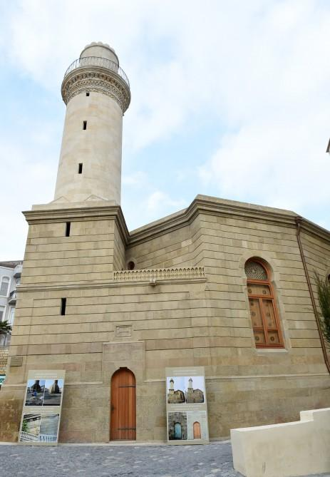 Ilham Aliyev, his spouse view renovated Baylar mosque (PHOTO) - Gallery Image