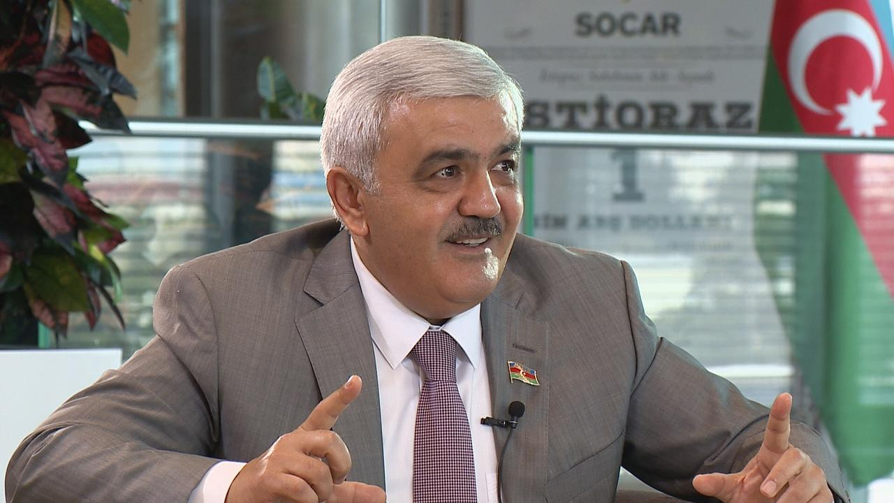 SOCAR head: company bonds can be source of income for investors (PHOTO) - Gallery Image
