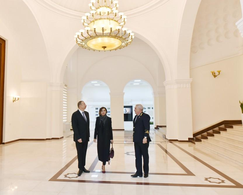 Ilham Aliyev, his spouse view conditions created at administrative building of Azerbaijan Railways CJSC (PHOTO) - Gallery Image