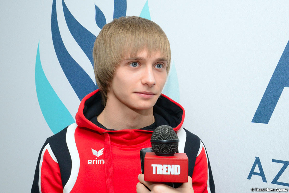 Gymnast calls for supporting Azerbaijani team at World Cup (PHOTO)