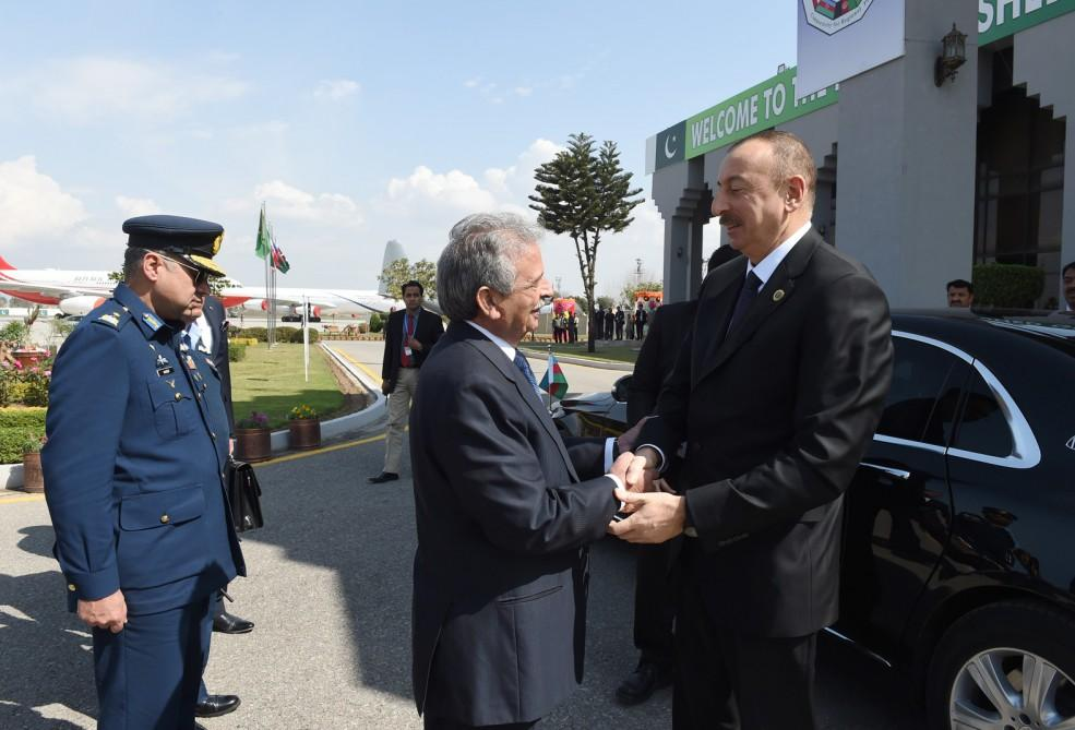 Ilham Aliyev completes visit to Pakistan (PHOTO) - Gallery Image