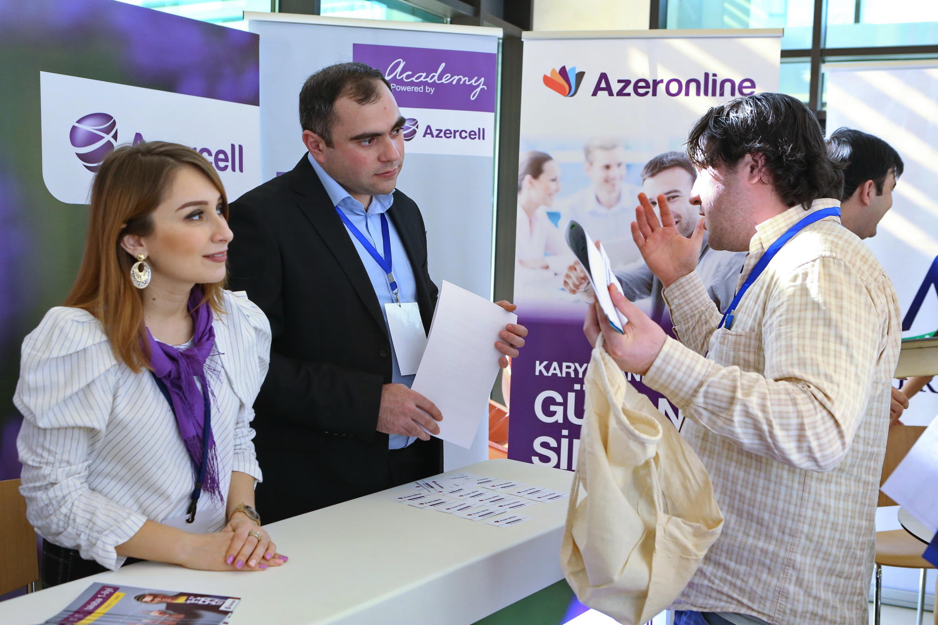 Azercell joins Career Fair (PHOTO) - Gallery Image