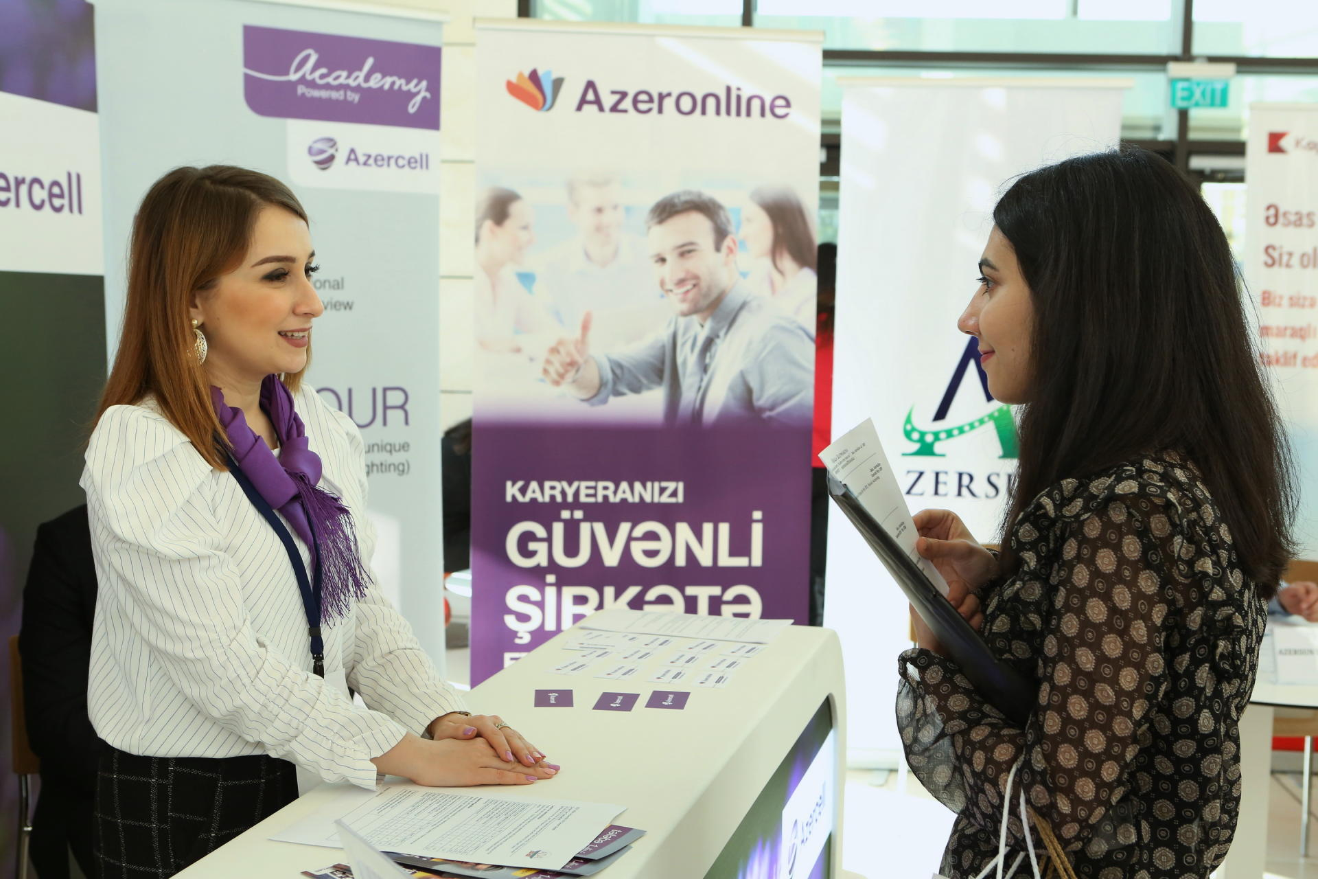 Azercell joins Career Fair (PHOTO)