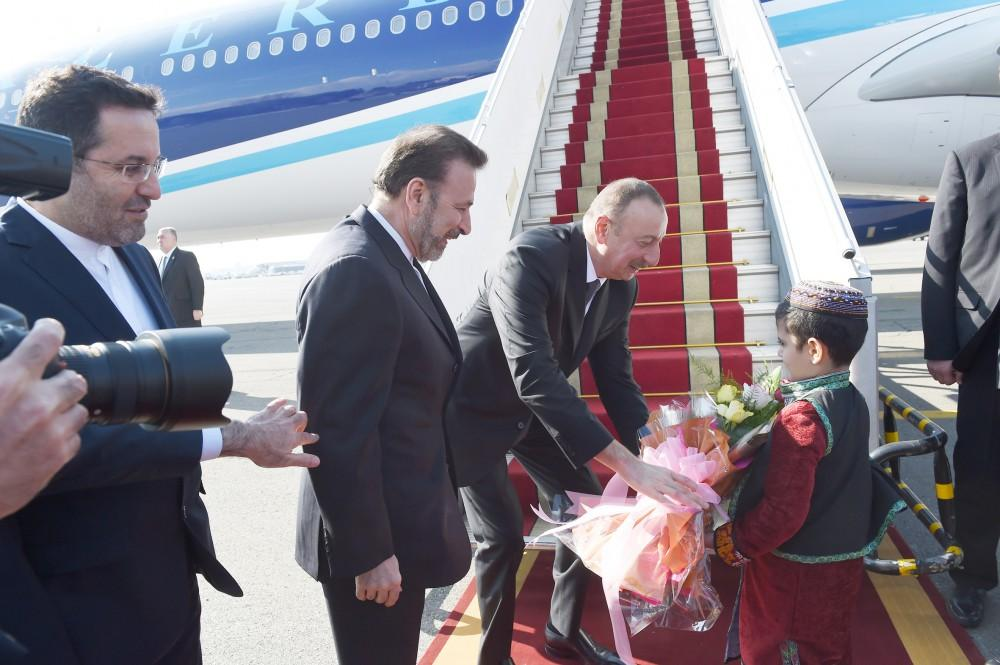 Ilham Aliyev arrives in Iran on official visit (PHOTO) - Gallery Image