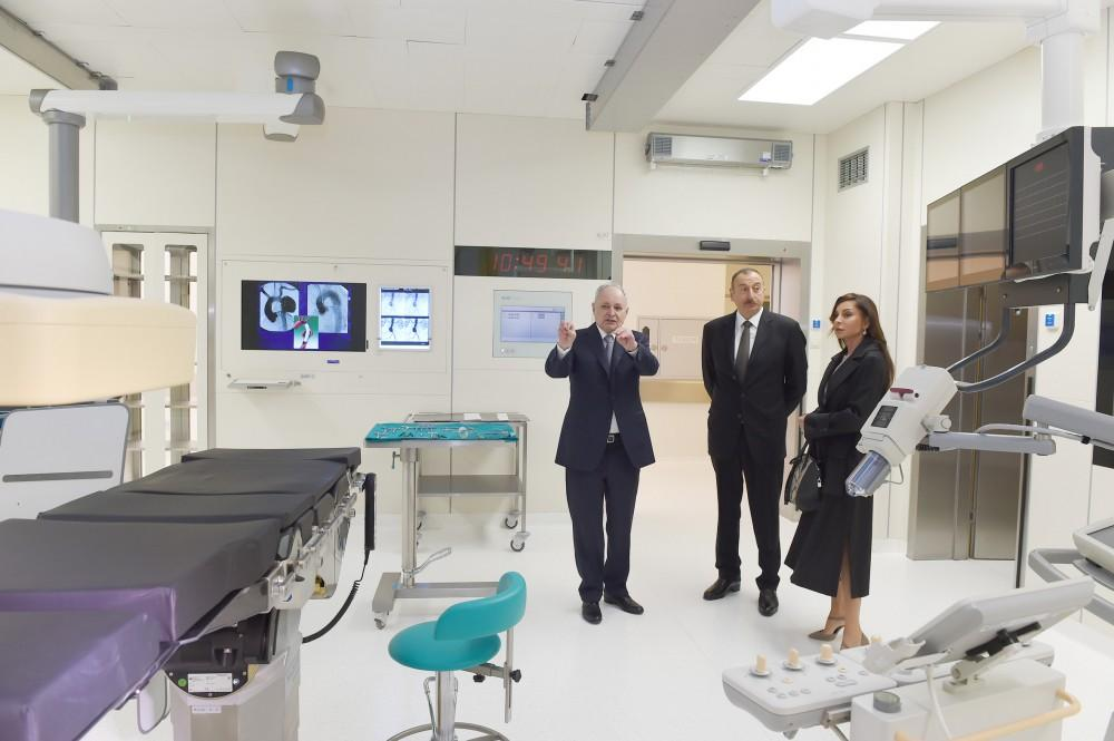 Azerbaijan's president, first lady attend Heart Center opening in Baku (PHOTO) - Gallery Image