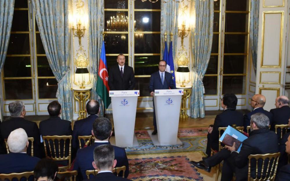 Hollande: Azerbaijan, France enjoy good relations in many areas