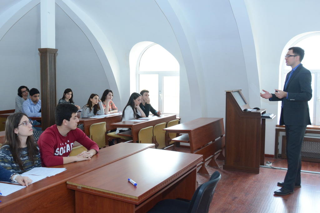 Polish professors deliver lectures to UNEC students (PHOTO) - Gallery Image