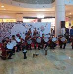 Musiqi məktəblərinin Bakı Şopinq Festivalında iştirakı davam edir (FOTO) - Gallery Thumbnail