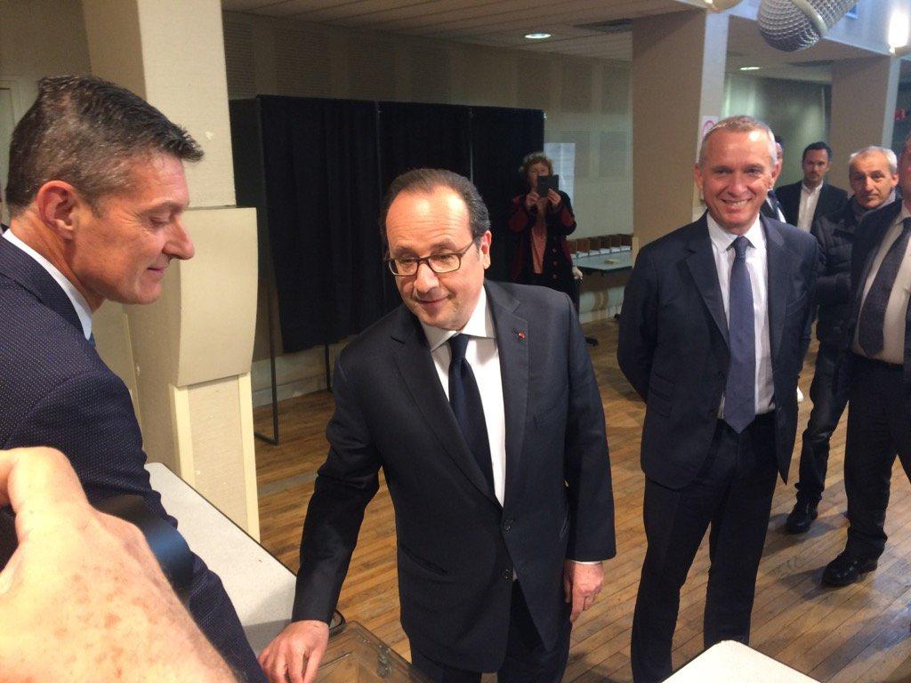Hollande cast vote in first round of French presidential election
