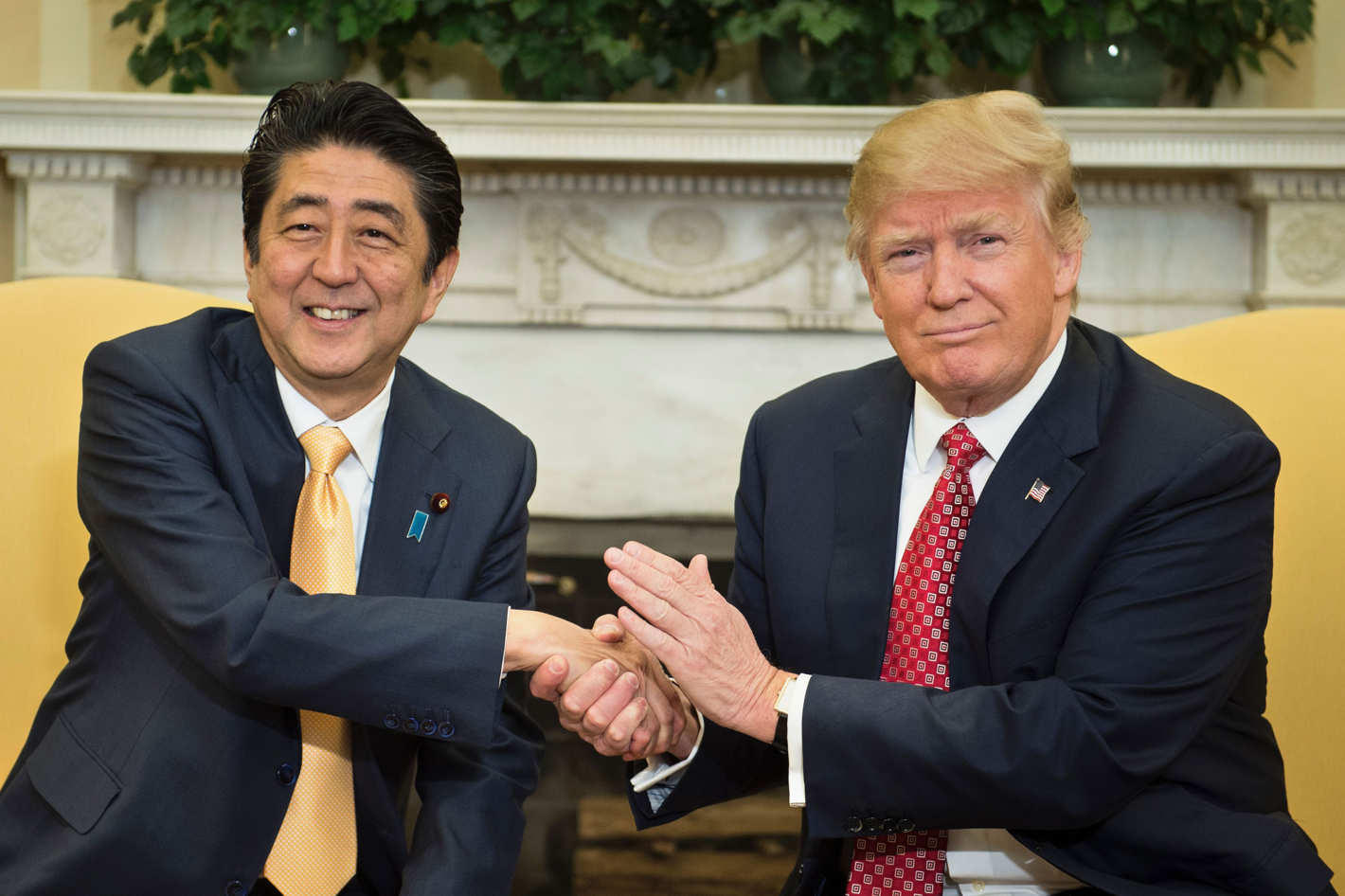 Trump, Abe agree to 'consult closely' after Singapore summit