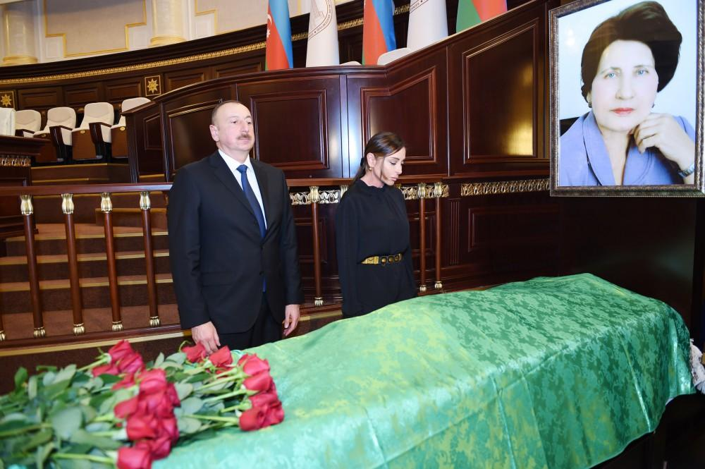 President Aliyev and his spouse attended farewell ceremony for acclaimed scientist, academician Rafiga Aliyeva (PHOTO)