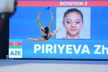İslamiadada bədii gimnastika üzrə yarışların ikinci günü FOTOLARDA   - Gallery Thumbnail