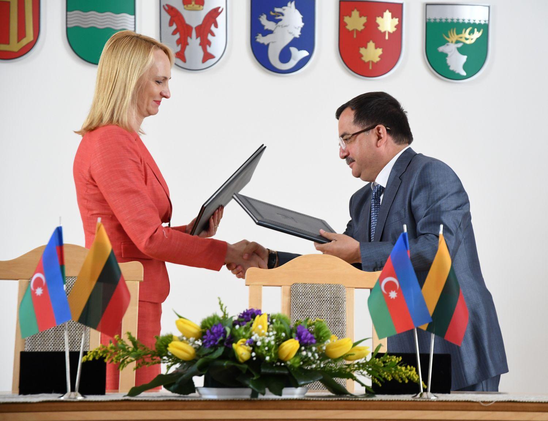 Litvanın Trakay və Qazax rayonları arasında əməkdaşlıq sazişi imzalanıb (FOTO) - Gallery Image