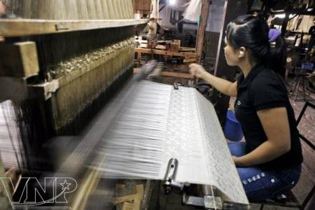 Azerbaijan eyes significant increase in silk production
