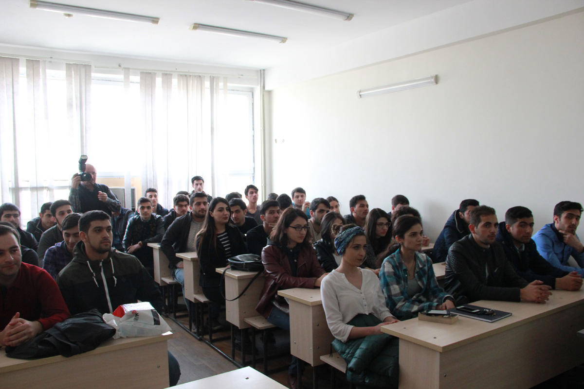 Nar organizes training on mobile communications for students (PHOTO) - Gallery Image